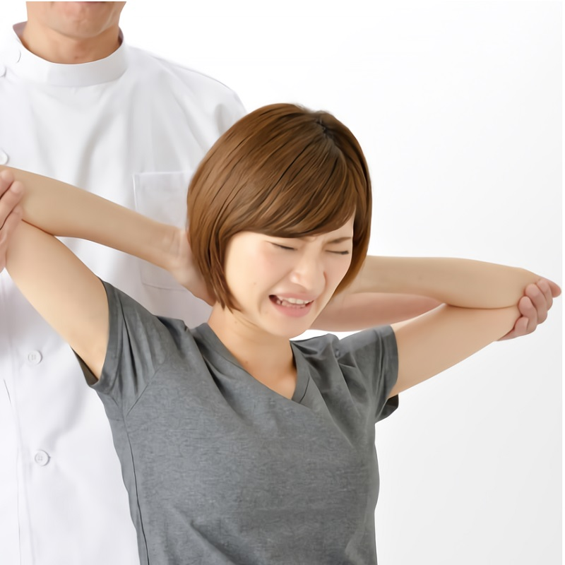 右 痛み 治し 甲骨 方 肩