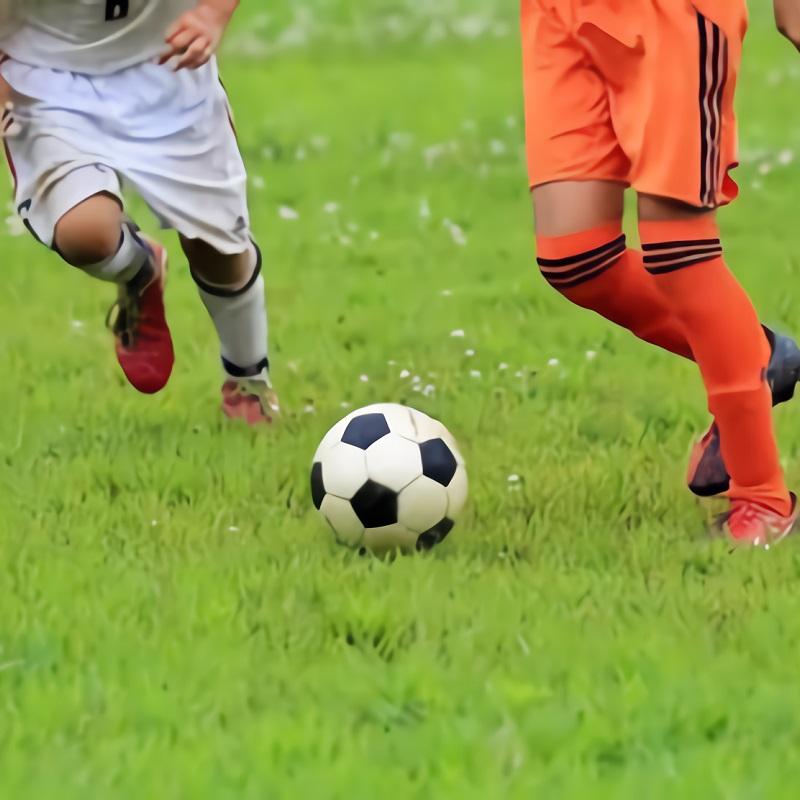 サッカーをする子供に多い股関節の痛み。ストレッチや対処法は?